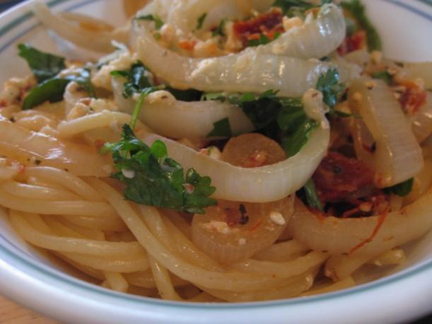Spaghetti with Sundried Tomatoes and Feta