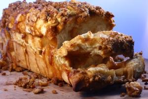 apple pie bread | doughseedough.net