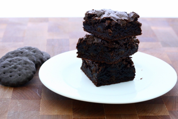 thin mint brownie | baked with love by doughseedough.net