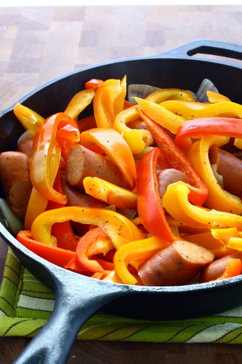 healthy chicken sausage with peppers | doughseedough.net