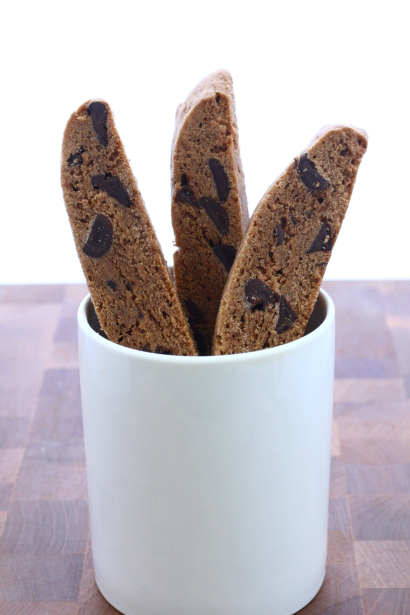Nutella Chocolate Chip Biscotti | doughseedough.net