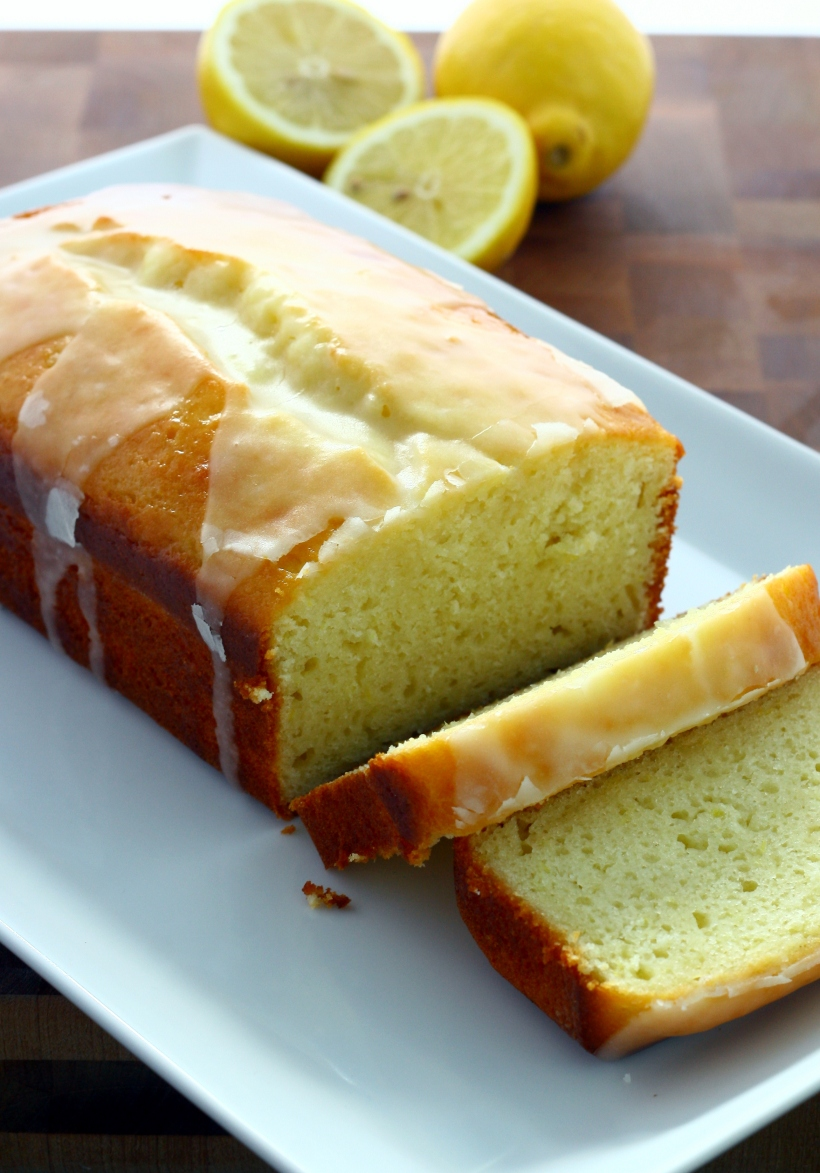 lightened up lemon yogurt cake | doughseedough.net