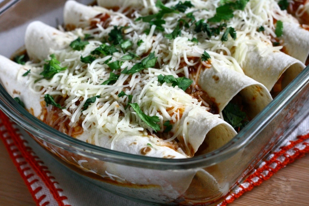 Chicken Enchiladas {Freezer Meal} | doughseedough.net