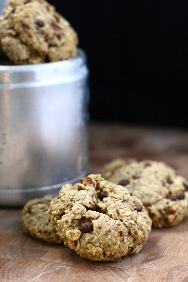 Really Freakin Awesome Vegan Oatmeal Cookies (aka Vegan Turtle Oatmeal Cookies}  | doughseedough.net