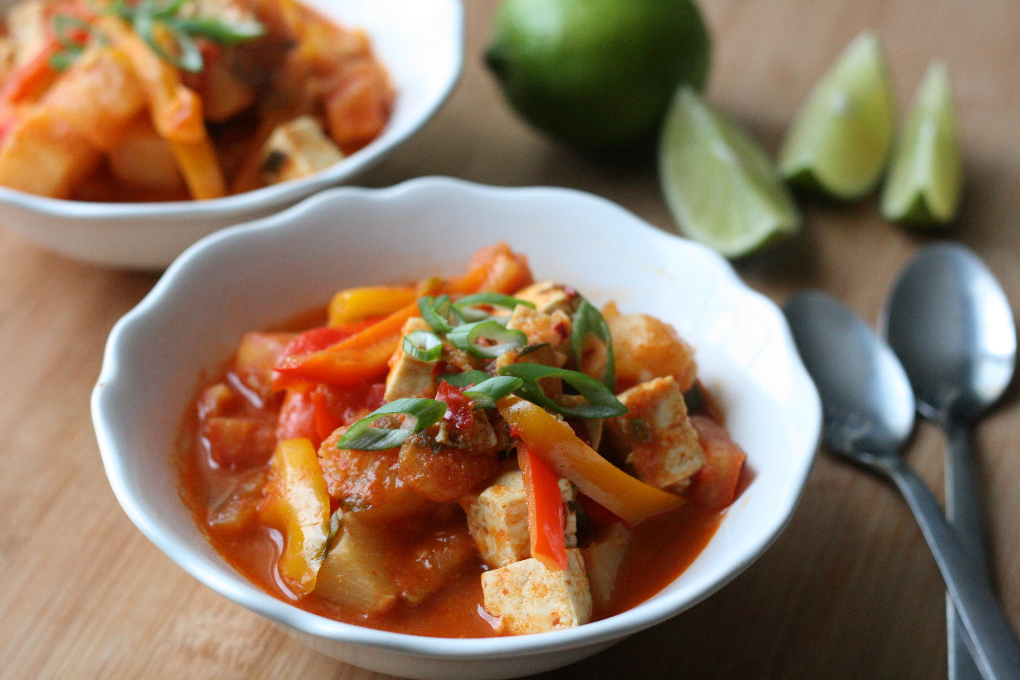 Thai Tofu and Pineapple Curry | DoughSeeDough