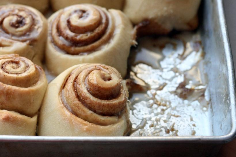 Oeey Gooey Dairy-Free CInnamon Rolls | doughseedough.net
