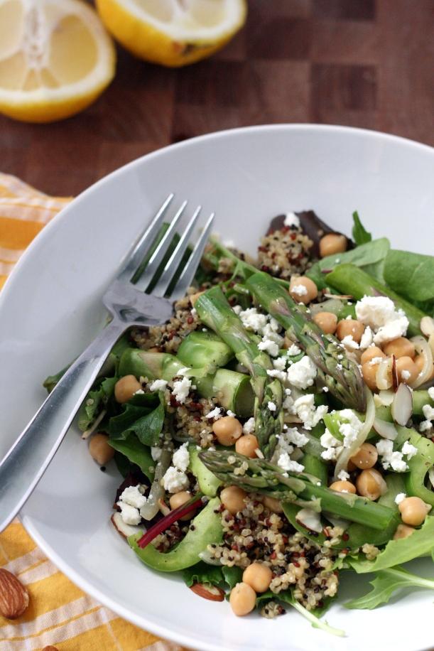 Spring Veggie Quinoa Power Bowls | doughseedough.net