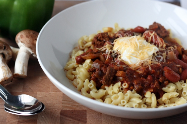 Slow Cooker Beef & Veggie Chili | doughseedough.net