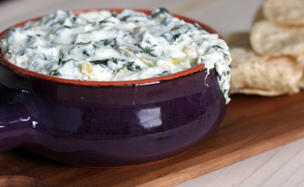 Lightened Up Spinach Artichoke Dip | doughseedough.net
