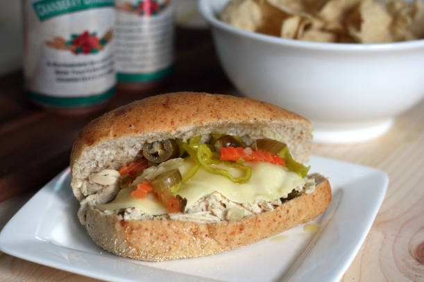 Slow Cooker Italian Chicken Sandwiches |doughseedough.net
